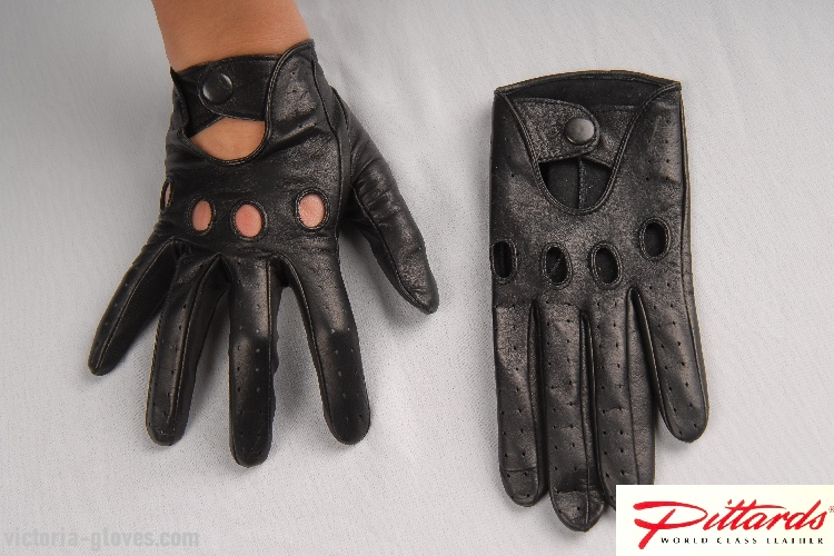 275b_153 Driving Gloves: Classic Driving Black Leather Gloves!