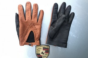 14_584_290x290 Gloves: Stylish Double Colored Driving Leather Gloves!