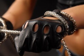 275b_5_290x290 Gloves: Classic Driving Black Leather Gloves!