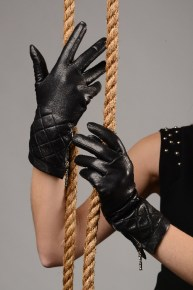 58_6_290x290 Gloves: Warm Stylish Black Leather Gloves with zippers!