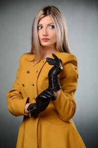 58_732_290x290 Gloves: Warm Stylish Black Leather Gloves with zippers!