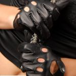 0202-e719a73f8fddf27b4c8cf9eb1d872e30 Gallery - Victoria gloves online: shop gloves in leather