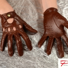 Classic Brown Driving Leather Gloves!