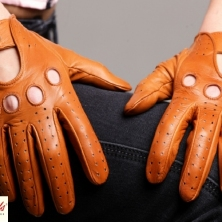 Classic Driving Cognac Leather Gloves!