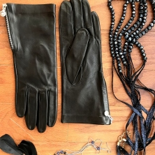 Img_8584 Home - Victoria gloves online: shop gloves in leather